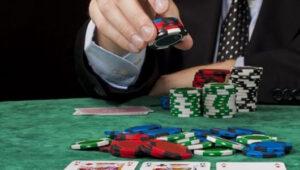 Strategi Menang Poker Online
